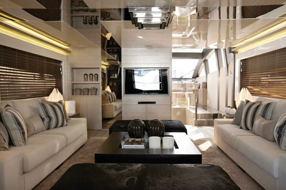 Neutrals, gloss and glamour on the Pearl 75 Yacht interior designed by Kelly Hoppen
