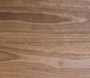 Flooring; wooden and laminate