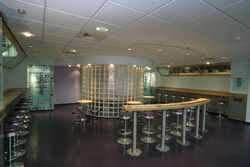 Interior design by Lesley Wihl